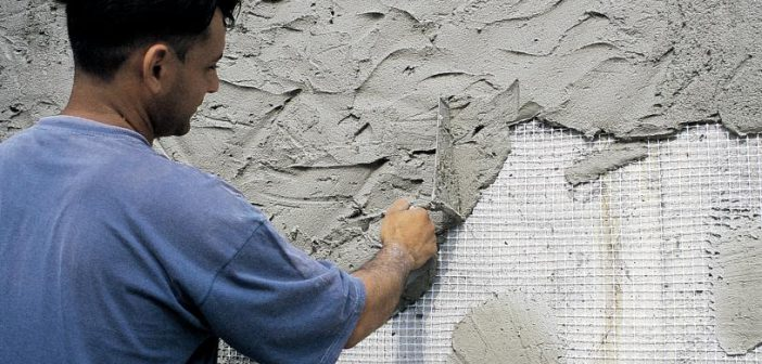 Фасад дома шубой | Набрызгивание через сетку