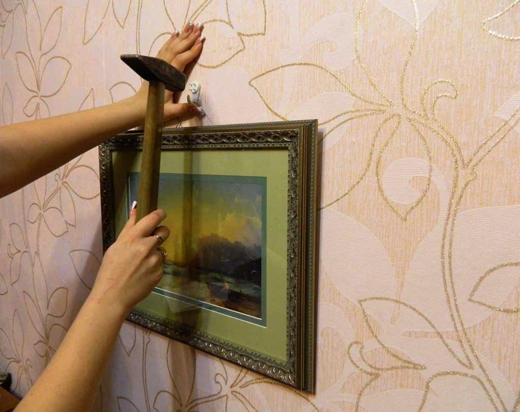 Как повесить картину   Как повесить картину без сверления