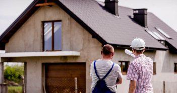 Прораб или фирма: выбор подрядчиков для строительства и ремонта