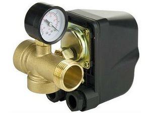 Датчик давления воды: манометр и и реле давления