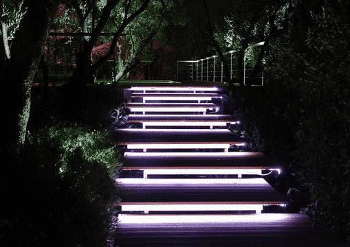Люминесцентные лампы для лестницы