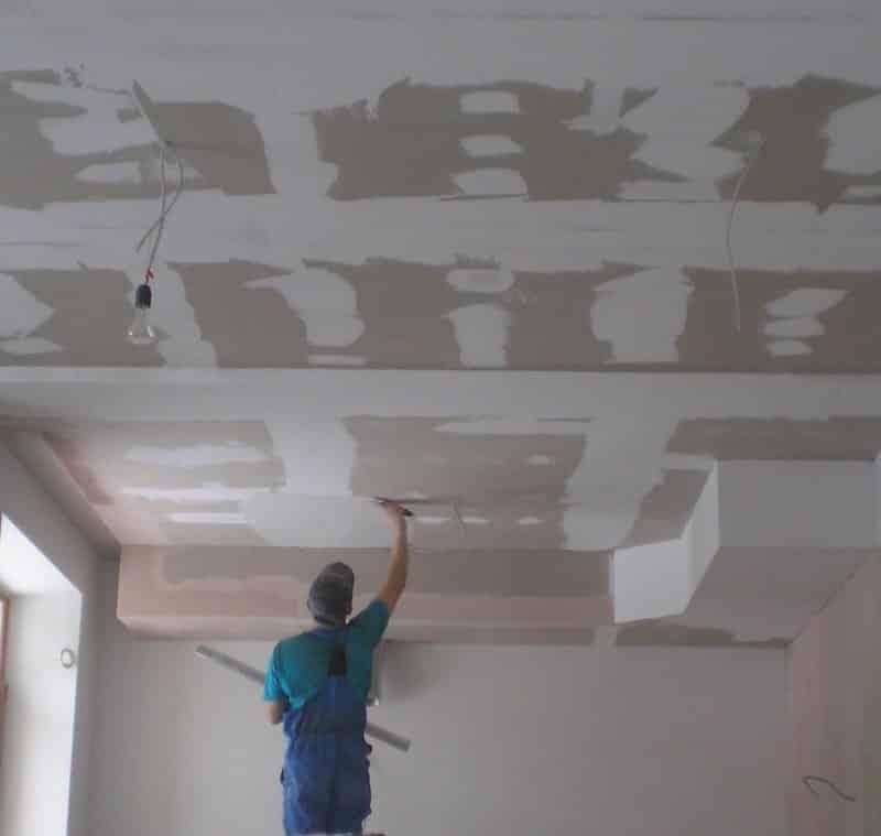 Выравнивание потолка и стен