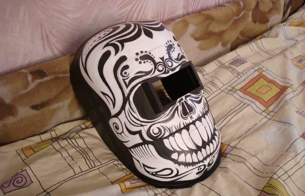 Сварочная маска своими руками | Рисунки на сварочной маске своими руками