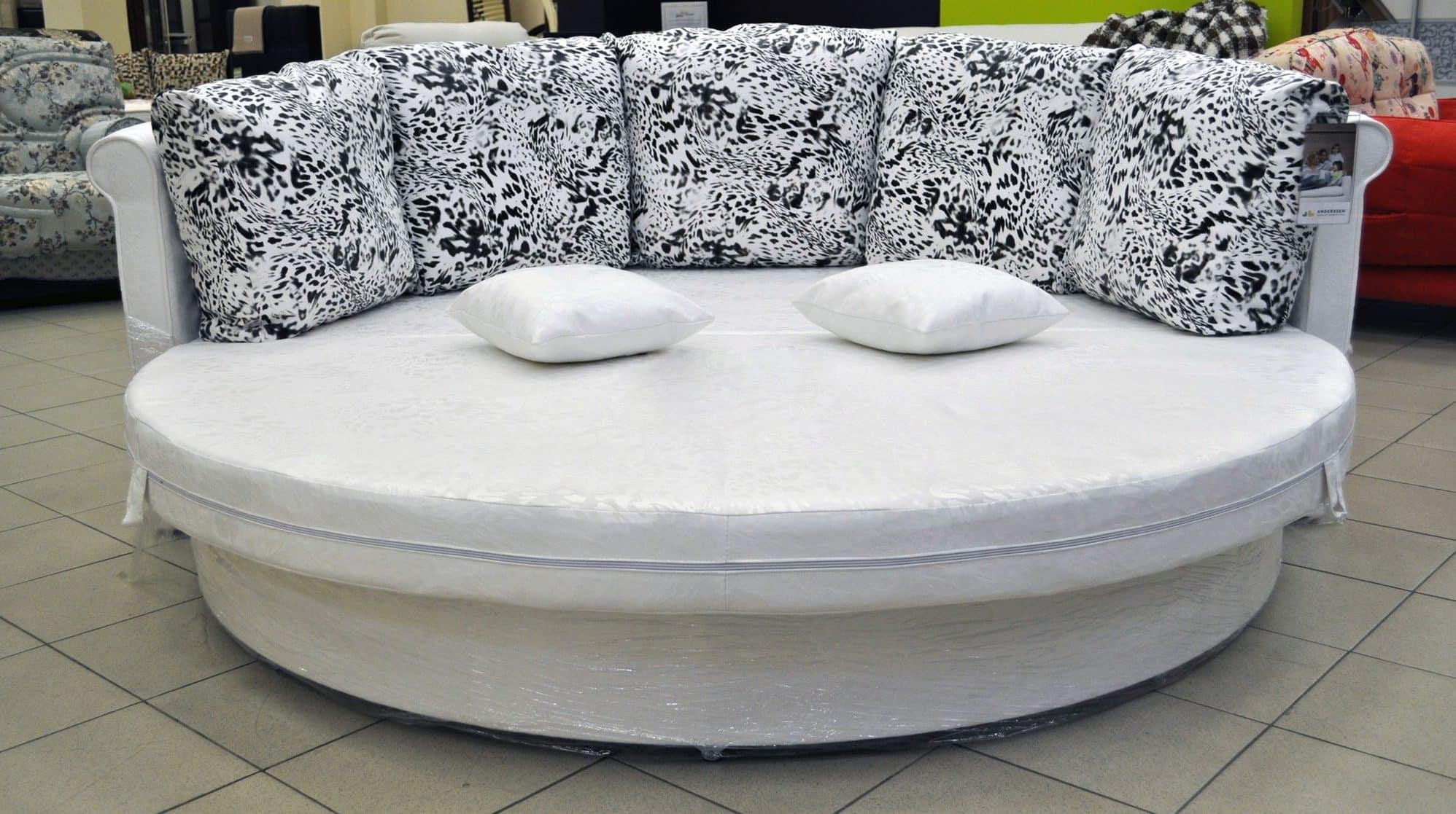 Как выбрать диван для ежедневного сна | Форма дивана | Диван круглой формы