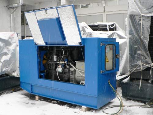 Дизельный генератор в шумоподавляющем кожухе | Дизельные и бензиновые генераторы, стабилизаторы напряжения