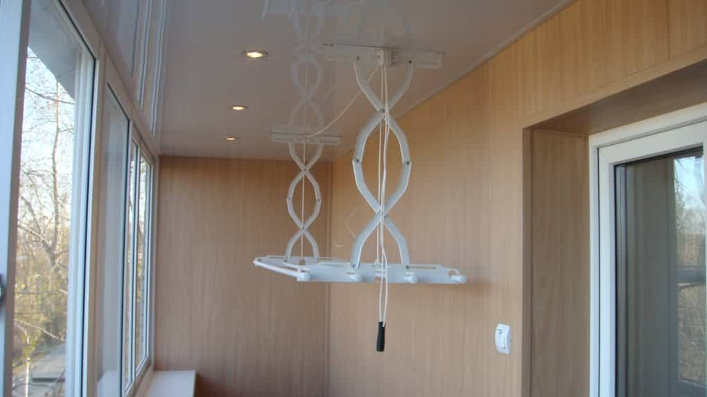 Как выбрать сушилку для белья | Потолочная сушилка для белья на балконе