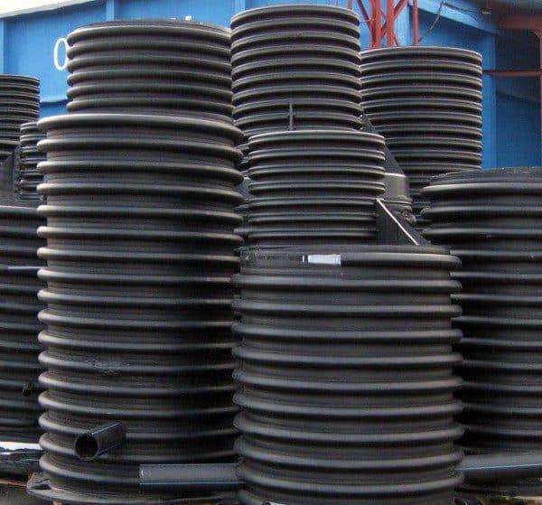 Благодаря своей гофрированной структуре пластиковые колодцы защищены от всплывания
