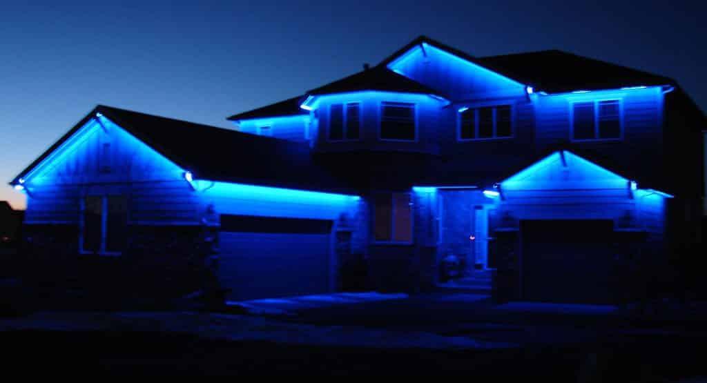 Подсветка дома при помощи техноогии LED RGB