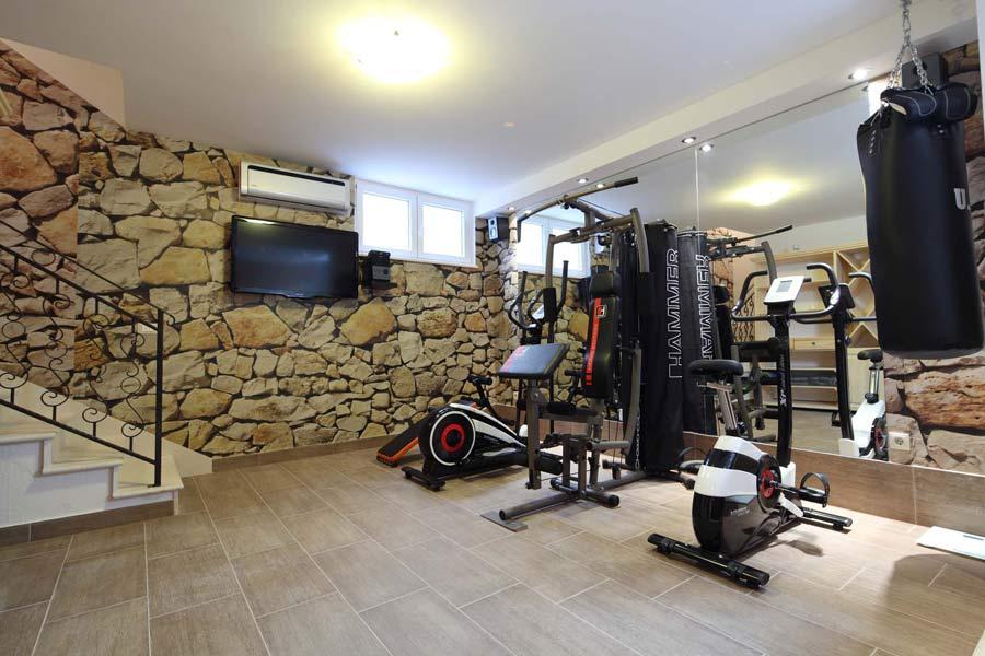 Спортзал в подвале дома | Спортзал в частном доме своими руками