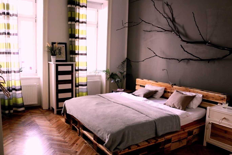 Подготовка к созданию кровати из поддонов | Кровать из поддонов своими руками