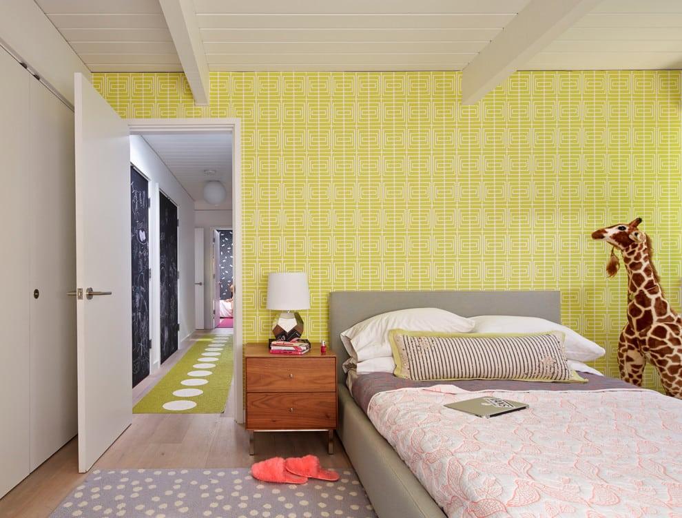Как подобрать цвет обоев в спальню | Желтые обои