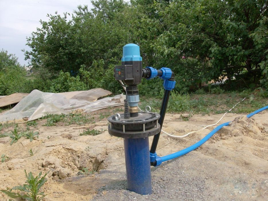 Зависимость источников водоснабжения от электричества | Что лучше колодец или скважин