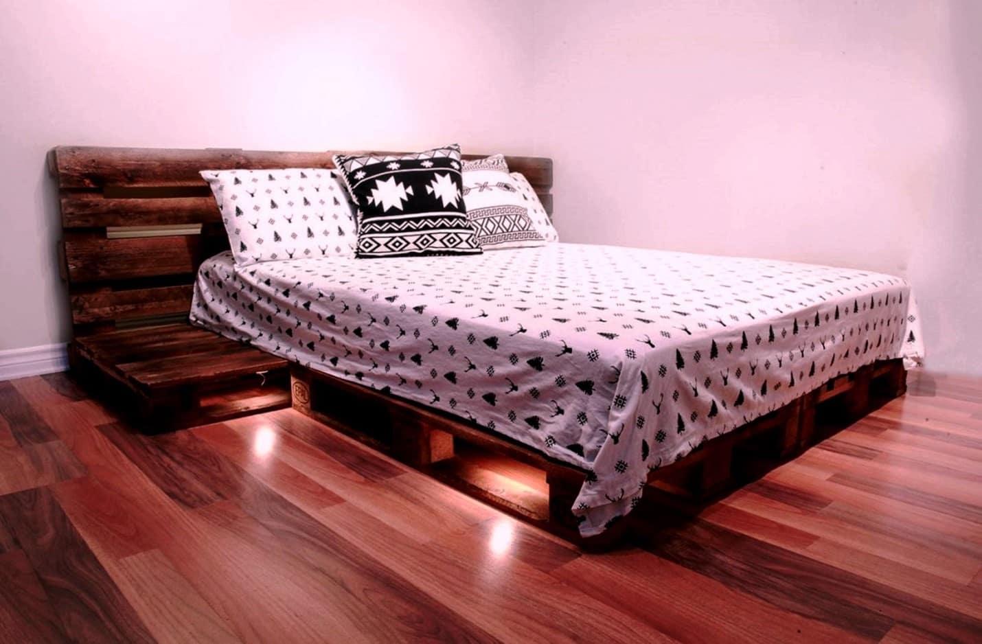 Двуспальная кровать из поддонов своими руками | Что можно сделать из поддонов своими руками