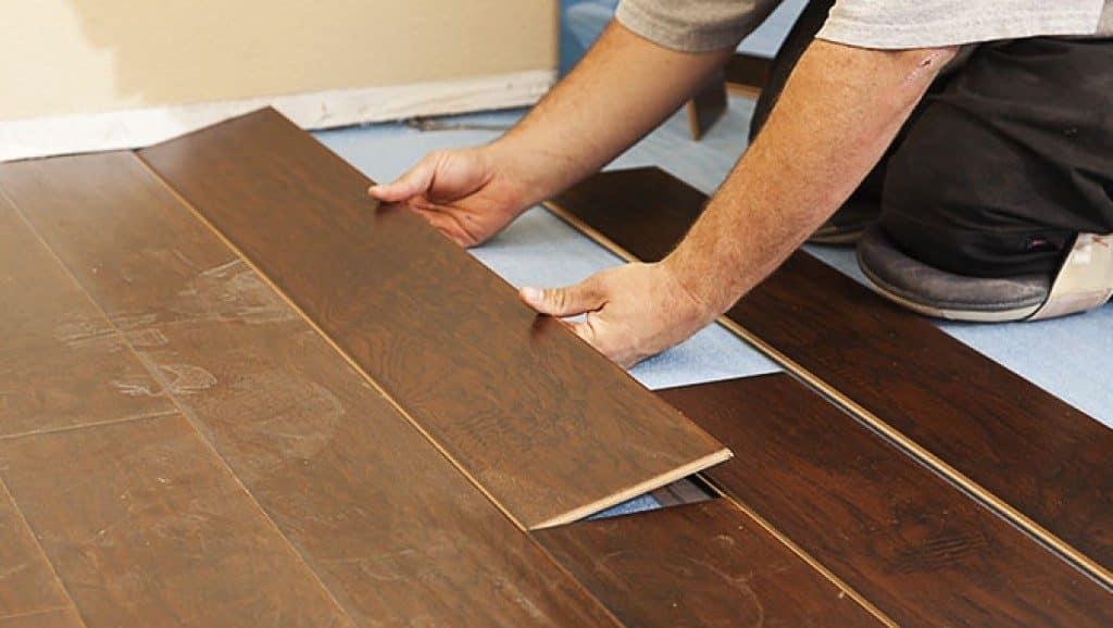 Возможность осуществления ремонта | Ламинат или ПВХ плитка что лучше