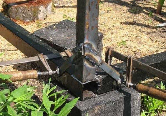 Нижняя обвязка и стойки | Беседка своими руками из профильной трубы