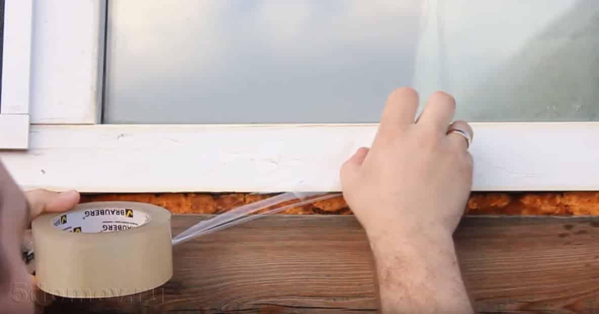 Способы снять присохшую пленку с окна | Как снять пленку с пластиковых окон и подоконников