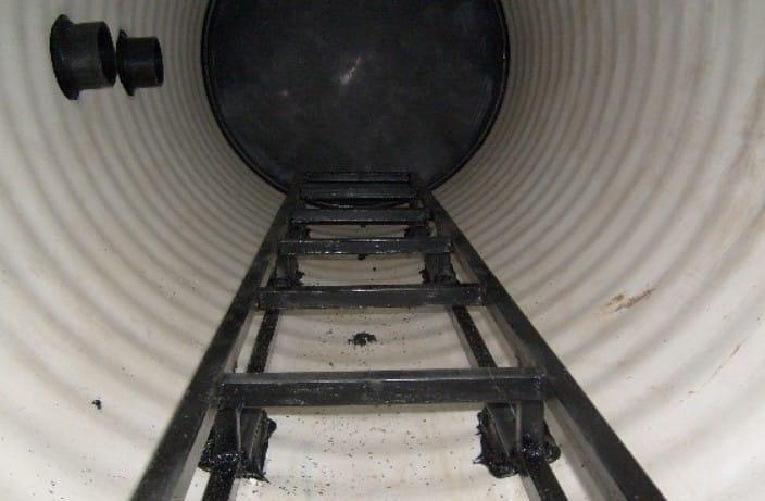 Раскладная лестница | Как спуститься в колодец
