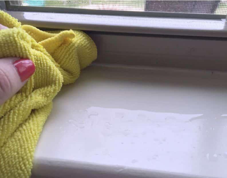 Чем и как отмыть цемент с пластиковых окон