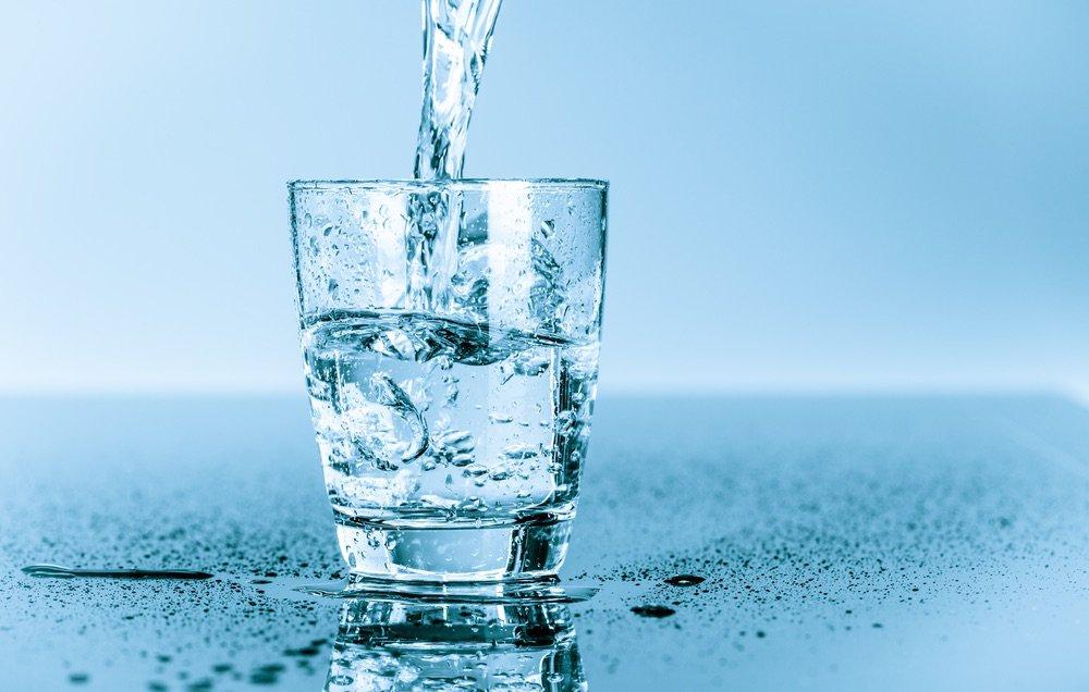 Способ №4. Отмываем окна водой | Чем и как отмыть цемент