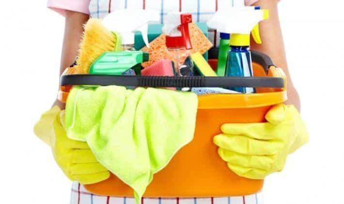 Необходимые инструменты для мытья натяжных потолков | Как помыть глянцевый натяжной потолок без разводов в домашних условиях