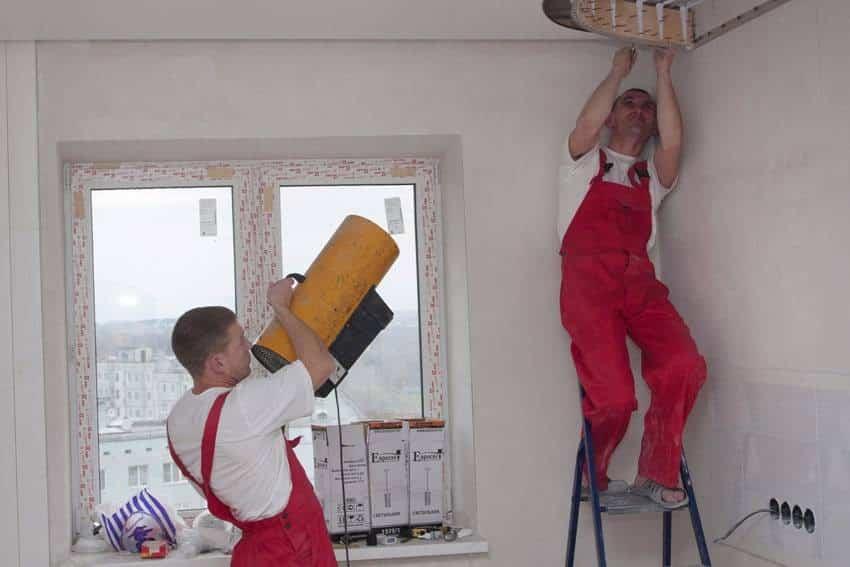 С чего начинается демонтаж натяжного потолка | Как снять натяжной потолок своими руками