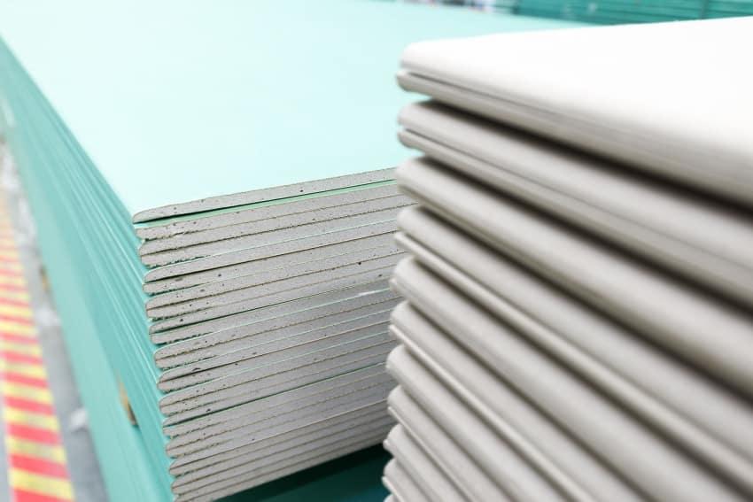 Особенности гипсокартона | Короб из гипсокартона на потолке под натяжной потолок