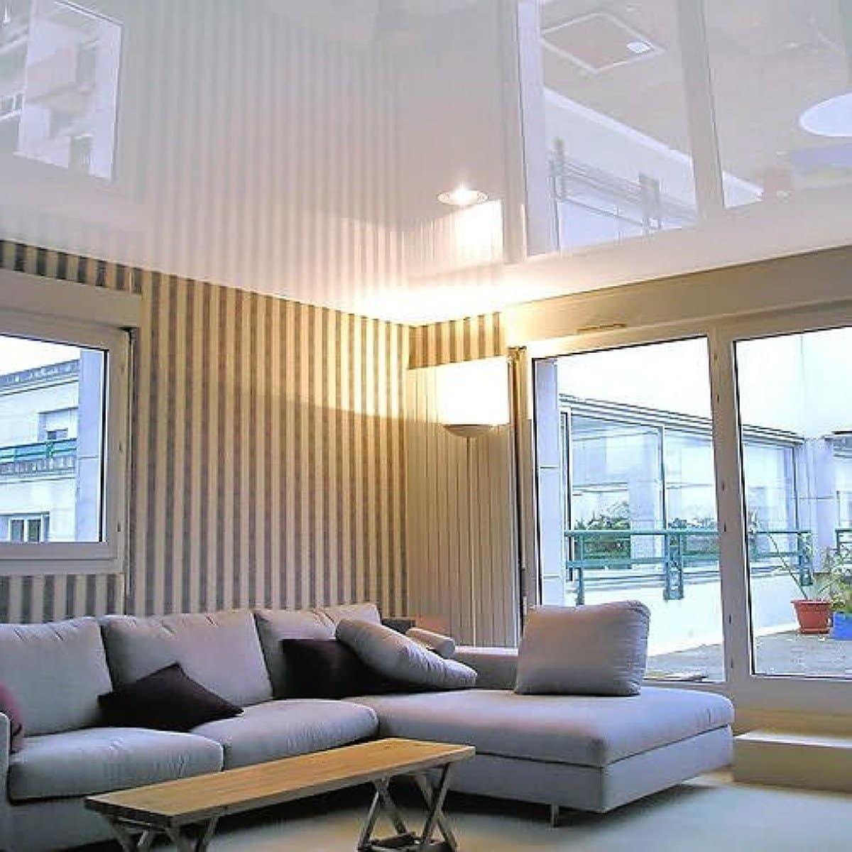 Установка натяжных потолков в низких комнатах | На сколько опускается натяжной потолок, как уменьшить его высоту
