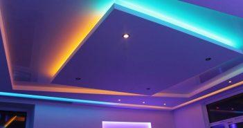 Светодиодная лента под натяжным потолком – монтаж, устройство, особенности, детали